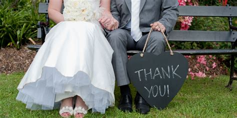 when should wedding thank yous go out when to send a thank you to guests who didn t send a gift