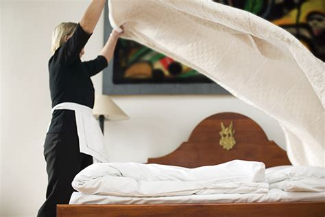 9 Things Hotel Clerks Never Tell Guests by Hotel Reveal The Best Kept Tricks And Secrets They
