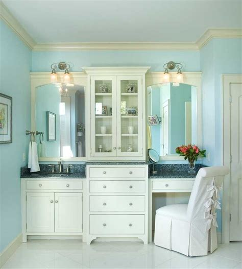 Custom Badezimmer Vanity Ideas by The Storage Area In The Center Bathroom Ideas