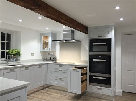 Handmade Kitchens Sheffield - stunning grey painted shaker kitchen made in