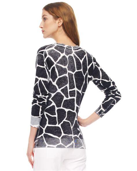 Sweater Giraffes White Putih 1 lyst michael kors giraffe print sweater in white