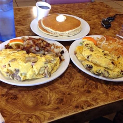 omelet house stockton the omelet house 95 photos american traditional stockton ca reviews yelp