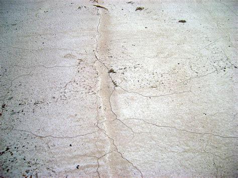 Mur Fissur Comment R Parer 3132 by Reparer Fissure Mur Beton Conseils R Paration Fissures