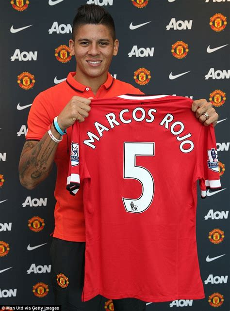 any new signings for man united this january 2016 manchester united unveils new signing rojo newswirengr