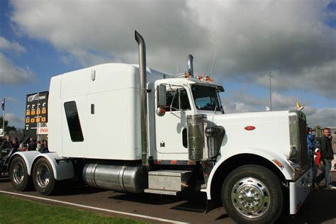 Peterbilt Truck Racing file peterbilt truck on goodwood motor racing circuit