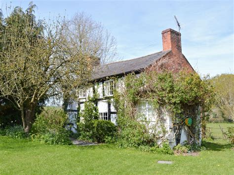 castle cottage self catering llanymynech cottages mid wales