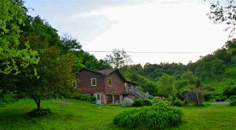 Cabins In Iowa With Tubs by White Pine Cottage 4 Bedroom Cabin With Tub