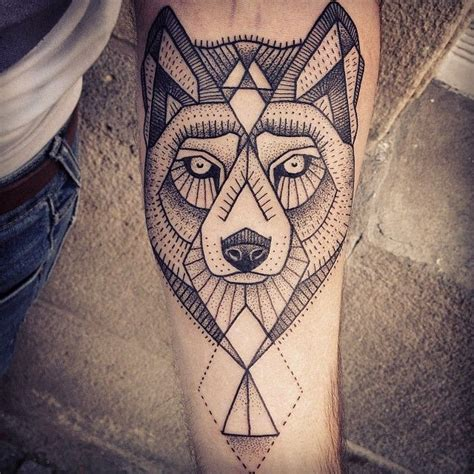 tattoo inspiration wolf geo wolfsusanne k 246 nig tattoo ideas wolf tattoos tattoo