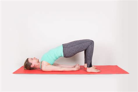 Best Mat For Bad Knees by The Best And Worst Poses For Bad Knees Greatist