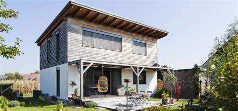 sichtschutz fenster parterre eins aufs dach holzbau link wir bauen mit freude