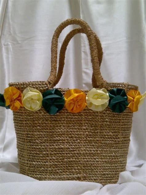 Tas Anyaman Pandan Decoupage 9 dipakai artis tas anyaman indonesia bernilai jutaan rupiah