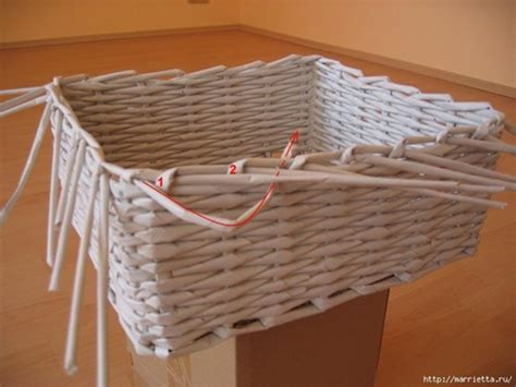 How To Make A Woven Basket Out Of Paper - diy basket woven from recycled newspaper