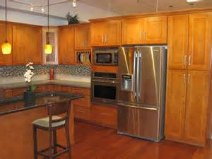 honey maple kitchen cabinets maple kitchen cabinets to have homeoofficee com
