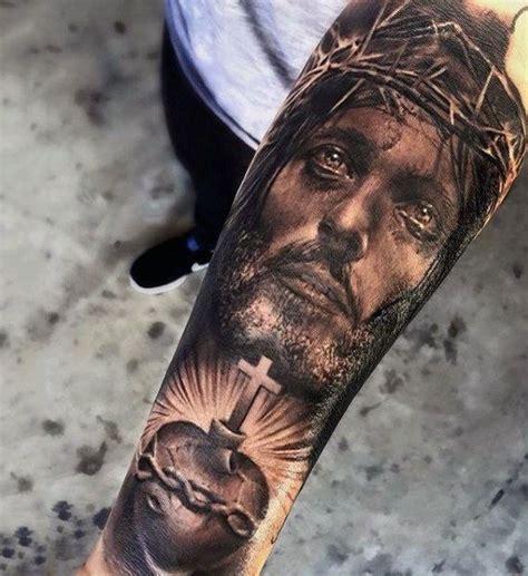 jesus unterarm tattoo best 25 jesus tattoo on arm ideas on pinterest simple