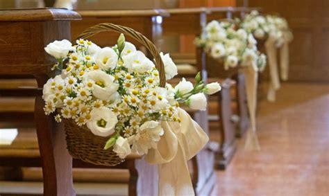 composizioni fiori matrimonio matrimonio come addobbare la chiesa con i fiori