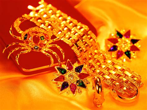 gold jewellry wallpaper gold jewelry wallpapers and images wallpapers pictures