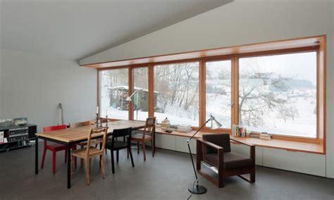 Fensterbrett Sitzen by Das Asymmetrische Wochenendhaus Sweet Home