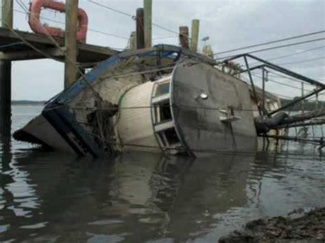 shrimp boat hilton head hilton head island sinking of a shrimp boat youtube