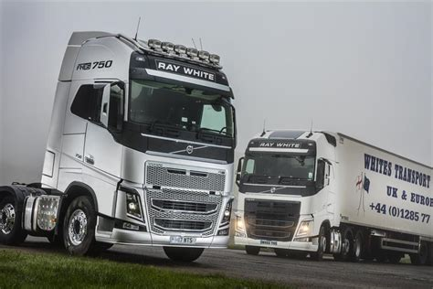 new volvo tractor whites transport goes for meaty new volvo fh tractors