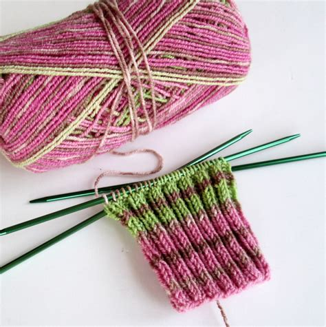 how to knit socks with pointed needles crochet nirvana the mildly mixed up musings of a crochet