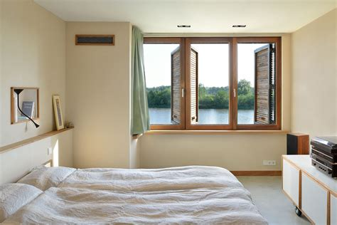 the bedroom window contemporary home villa rieteiland oost keribrownhomes