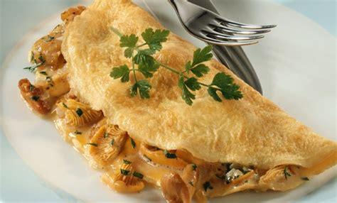 cucinare omelette omelette 7 ricette facili e veloci per tutti i gusti leitv