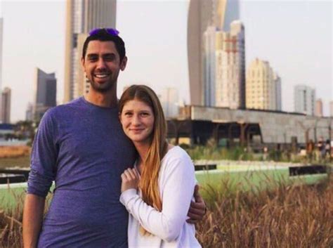 bill gates daughter husband biography photo of bill gates daughter and her arab boyfriend