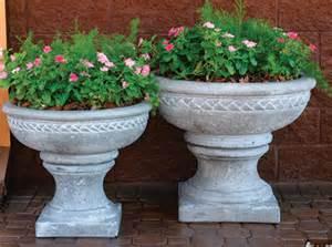 pedestal planters outdoor concrete landscape planter pedestals outdoor planter