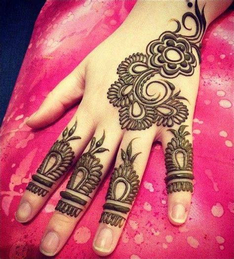 stylish designs simple mehndi designs that look fab and stylish