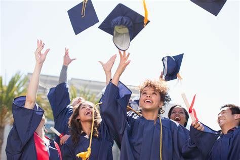 christian highschool graduation songs a list of cool christian graduation songs in 2018