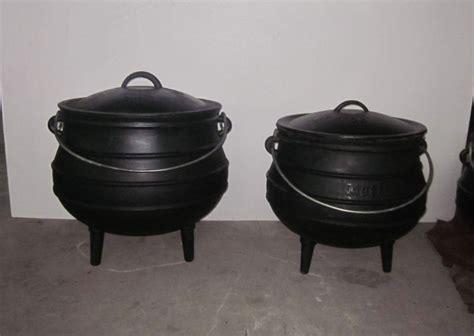 Spuit Set 52pcs By Cast south cast iron three legged potjie pot set china
