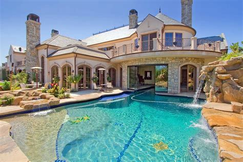 Top 10 Most Biggest Houses in the World You Ever Seen