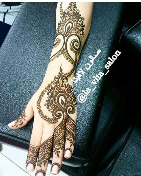 lovely work using henna designs by uk artist humna mustafa 1000 ideas about arabic henna on pinterest henna