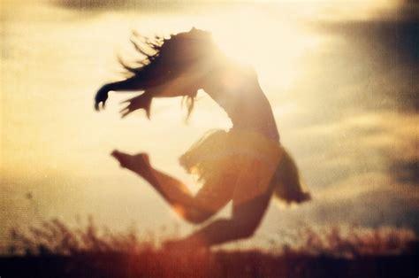 dancing in the light solar plexus chakra seven intentions
