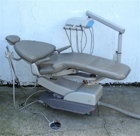Adec 1040 Dental Chair Specifications - adec cascade 1040 patient chair w traditional unit pre