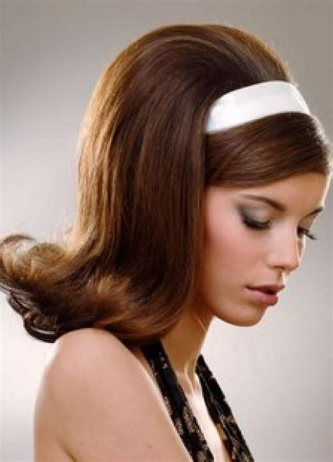 hairdos for women in their 60s who look 60s hairstyles for women to look iconic feed inspiration