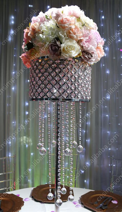 dazzling acrylic luxurious wedding chandelier