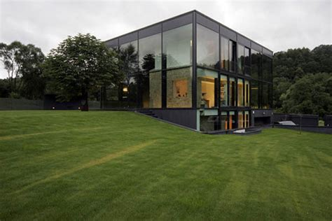 Modern Glass House Designs Iroonie Com