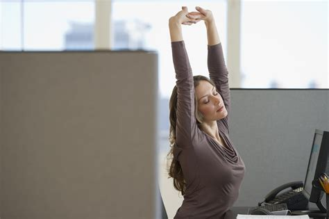 Isometric Desk Exercises by Isometric Exercises You Can Do At Your Desk