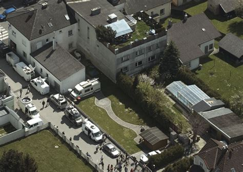 Josef Fritzl House by Austria S Fritzl Says Quot Sorry Quot For And Murder