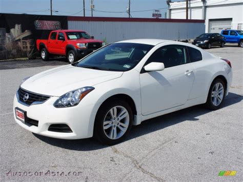 nissan altima white 2010 2010 nissan altima 25 s coupe in winter frost white 119167