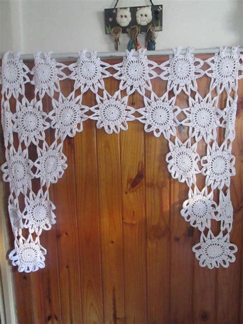 cortinas tejidas cortina de flores blancas al crochet cortina tejida