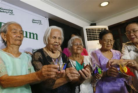 philippines comfort women filipino comfort women want plight raised with emperor