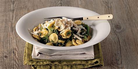 cucinare cime di rapa ricette ricetta orecchiette alle cime di rapa la cucina italiana