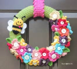 Spring Wreath crocheted spring wreath repeat crafter me bloglovin