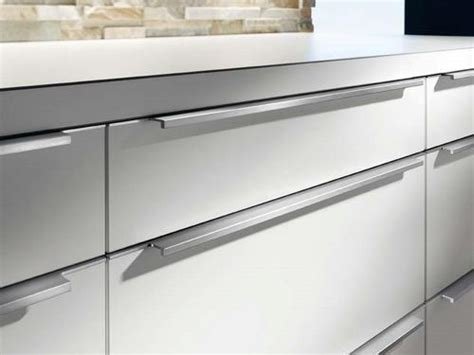 handle kitchen cabinets kitchen cabinet handles aluminum profile kitchen cabinet
