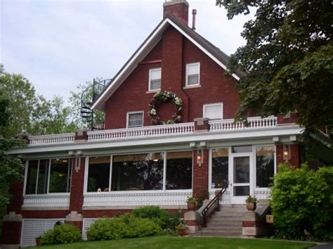 bed and breakfast in duluth mn the firelight inn on oregon creek bed and breakfast a two