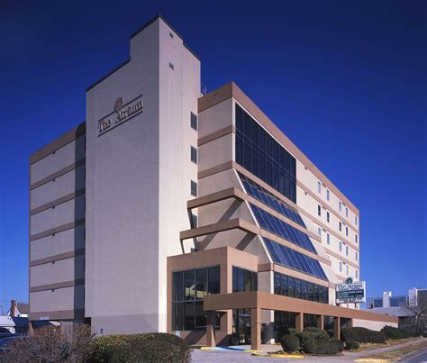 Norfolk Va Hotels With In Room by The Atrium Resort In Virginia Hotel Rates