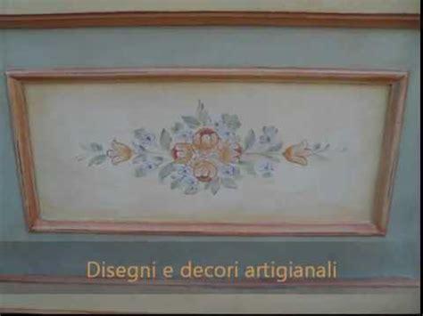 mobili decorati con fiori mobili decorati a mano baule cassapanca in stile tirolese