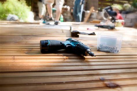 Wie Baut Eine Holzterrasse 2154 by Preis F 252 R Eine Terrasse Aus Bankirai Eine Kosten 252 Bersicht